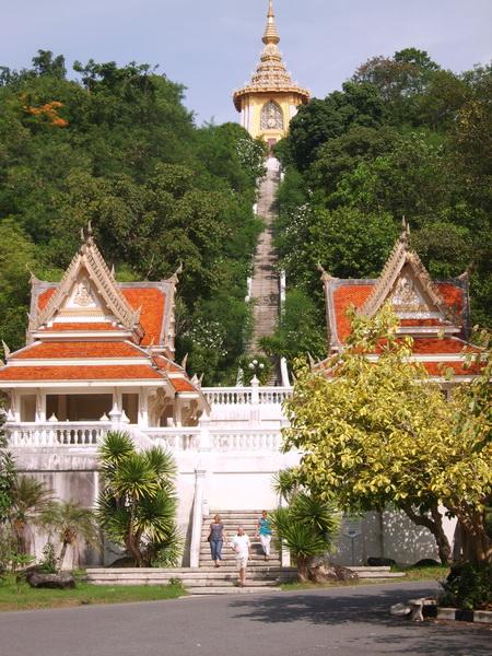 Wat Yansangwararam near Pattaya - TeakDoor.com - The ...