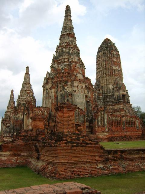 Wat chaiwatthanaram ayutthaya temple for Ayuttaya thai cuisine
