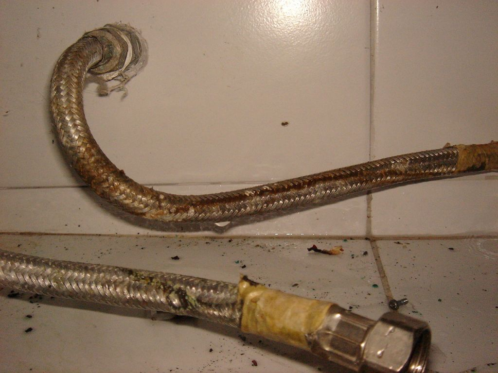 Hot water heater repairs and replacements. Call us for leaky water heater tanks in and around Calgary Alberta