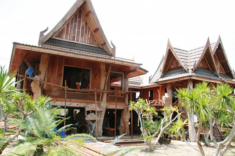 Thai style house build in ban chang page 3 for Thai classic house