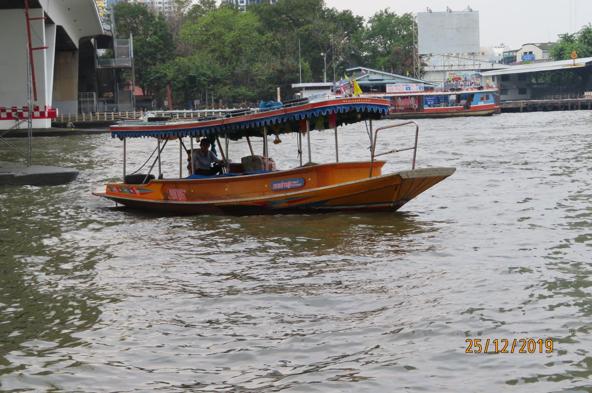 Christmas Day on the Chao Phraya River-img_1844-jpg