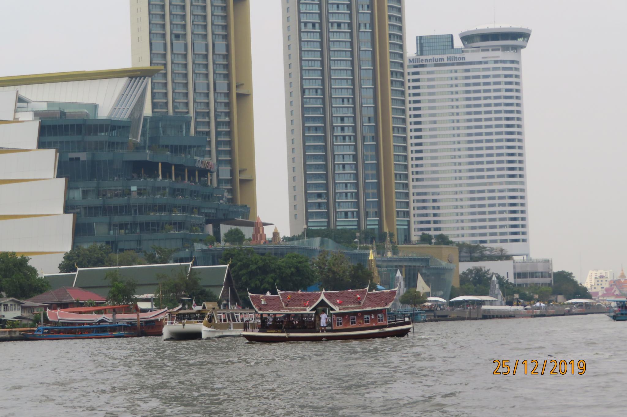 Christmas Day on the Chao Phraya River-img_1853-jpg