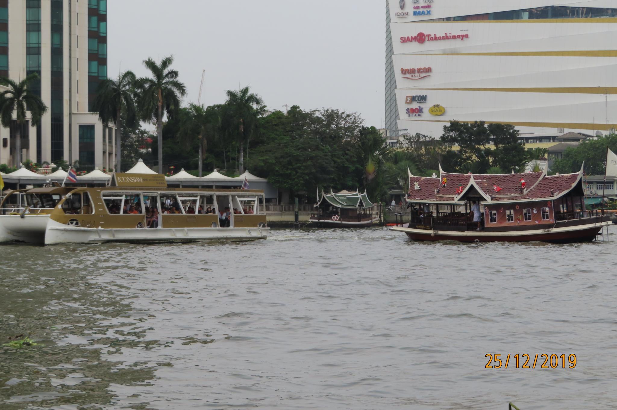 Christmas Day on the Chao Phraya River-img_1855-jpg