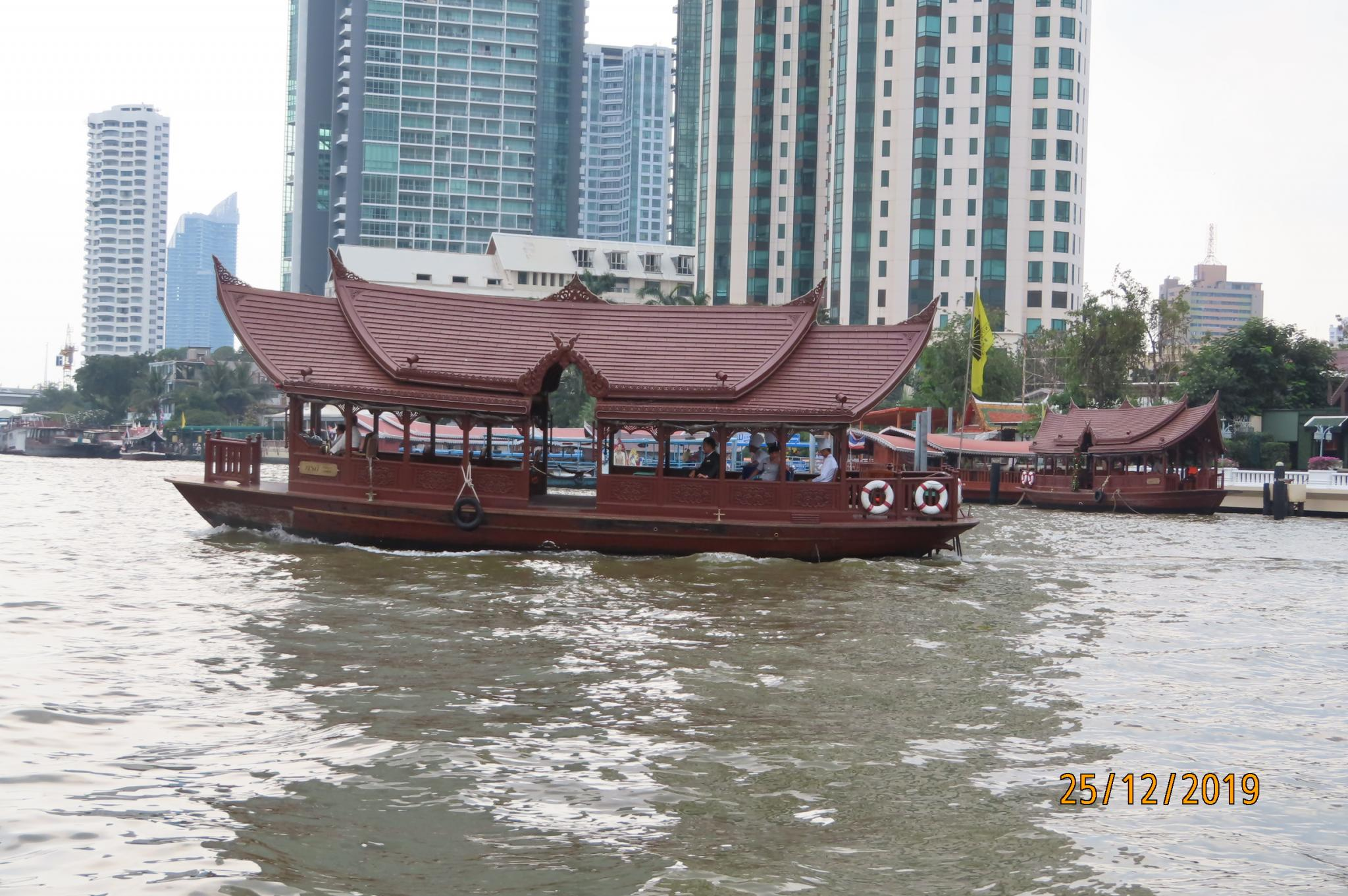 Christmas Day on the Chao Phraya River-img_1862-jpg