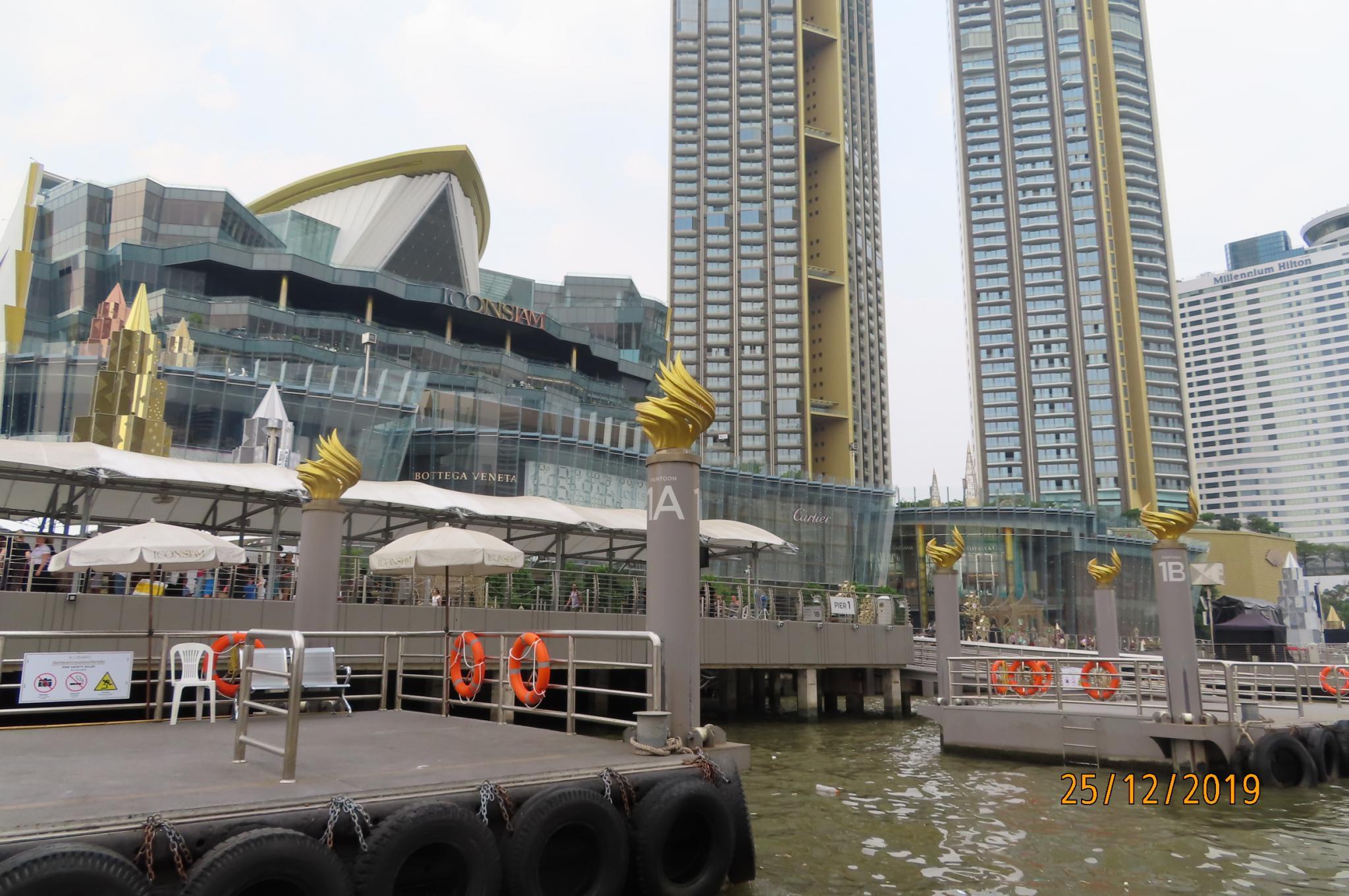 Christmas Day on the Chao Phraya River-img_1864-jpg