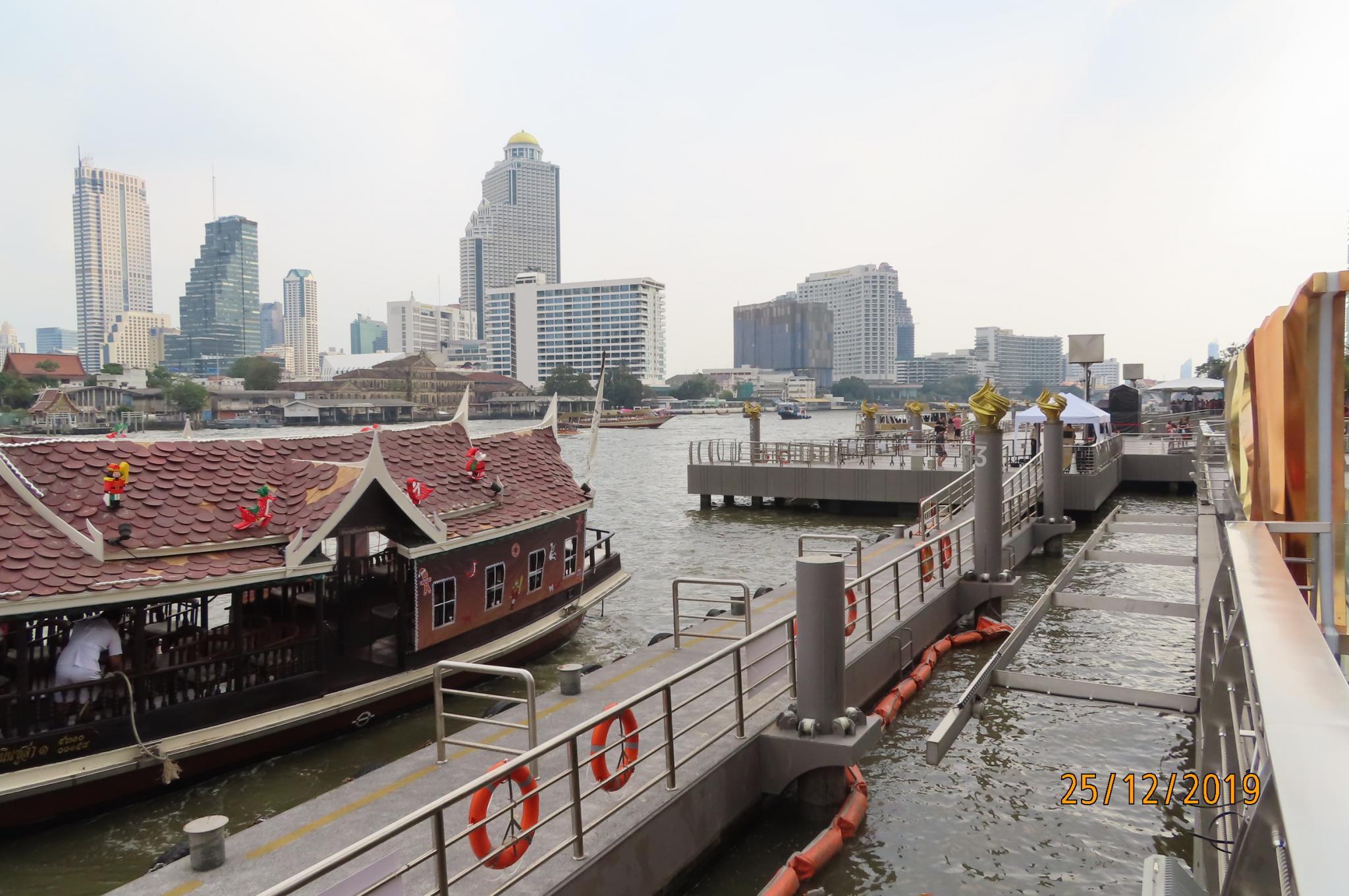 Christmas Day on the Chao Phraya River-img_1877-jpg