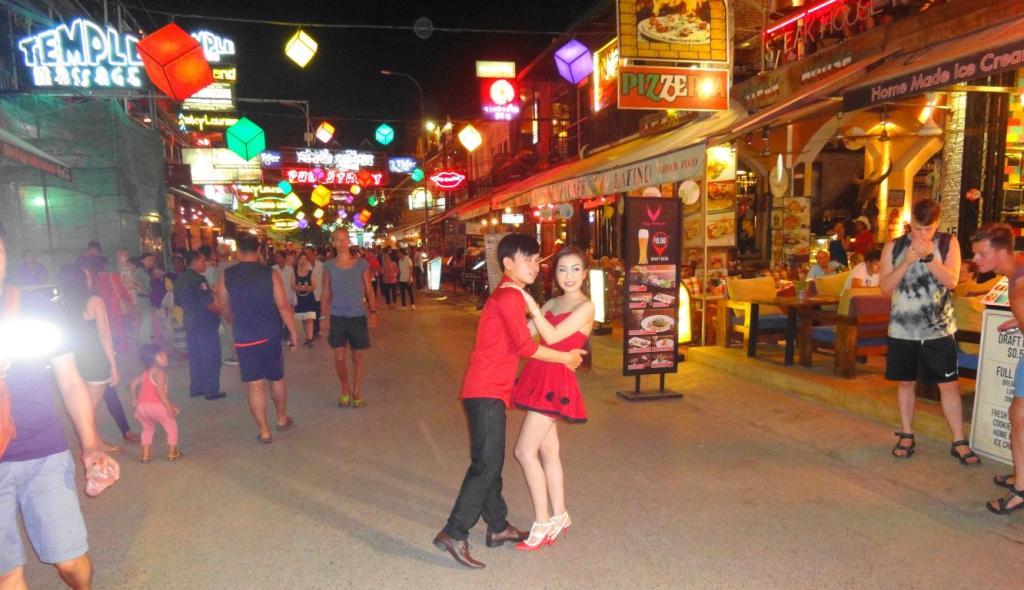 Sports Bars in Siem Reap-dsc03757-medium-jpg