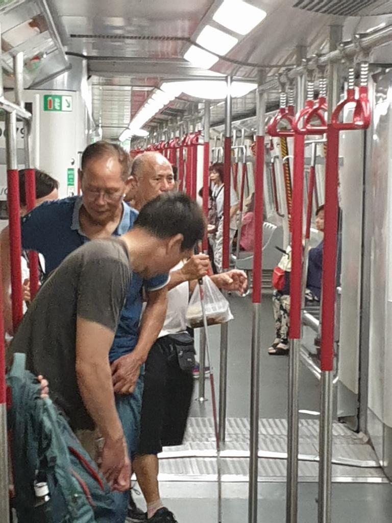 Picturethread: a week in Hong Kong and Macau.-20190628_164145-jpg