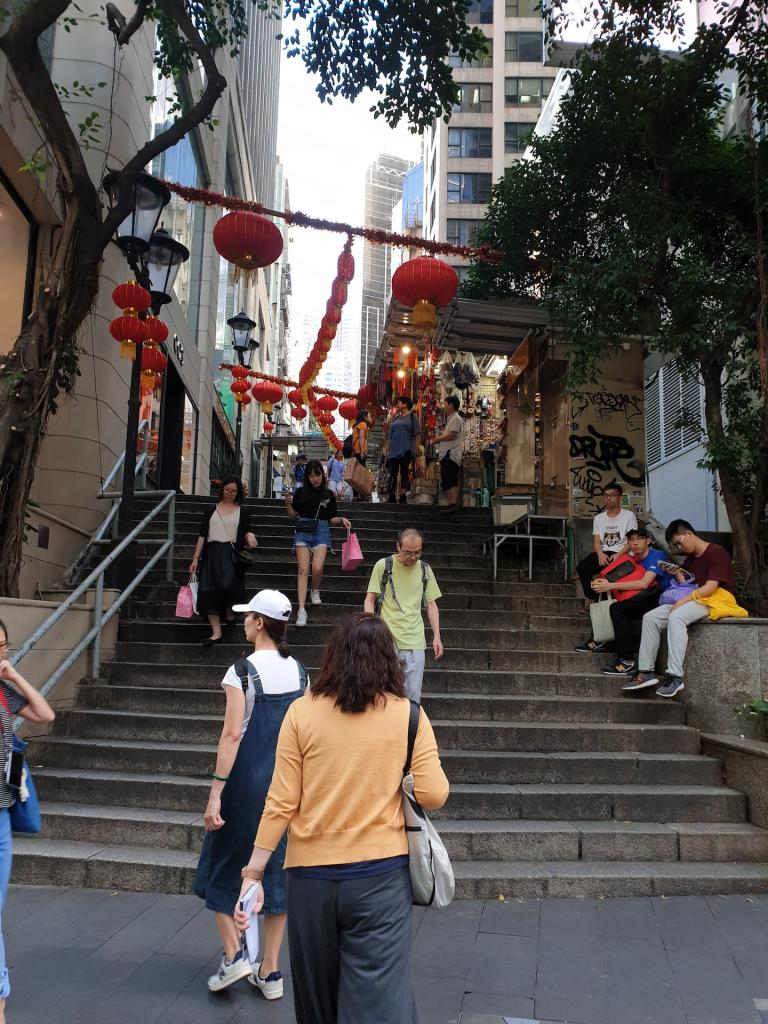 Picturethread: a week in Hong Kong and Macau.-20190629_172455-jpg