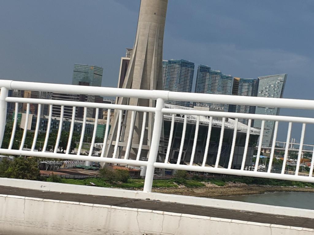 Picturethread: a week in Hong Kong and Macau.-20190630_162419-jpg
