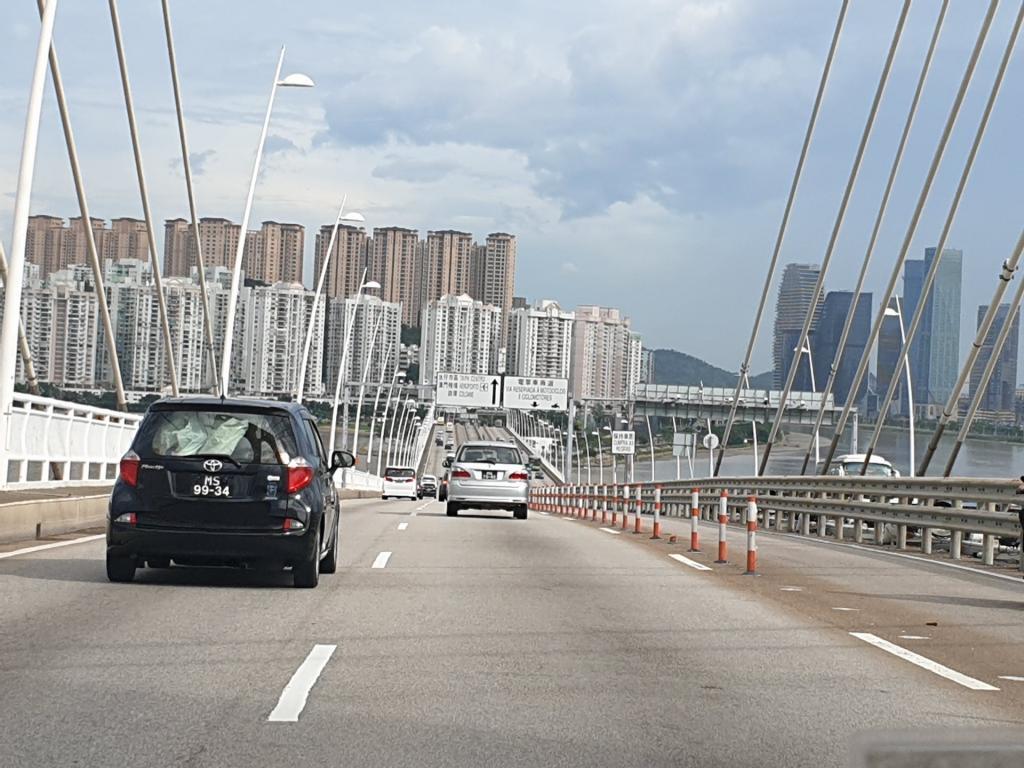 Picturethread: a week in Hong Kong and Macau.-20190630_162440-jpg