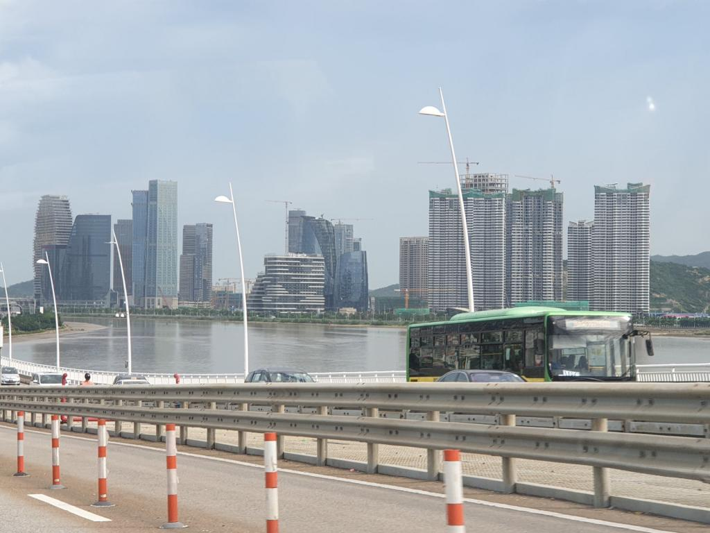 Picturethread: a week in Hong Kong and Macau.-20190630_162456-jpg