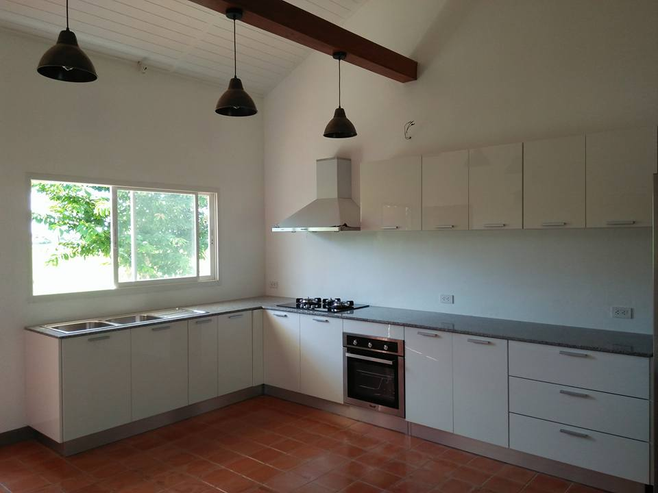Baanpong House Build-kitchen01-jpg