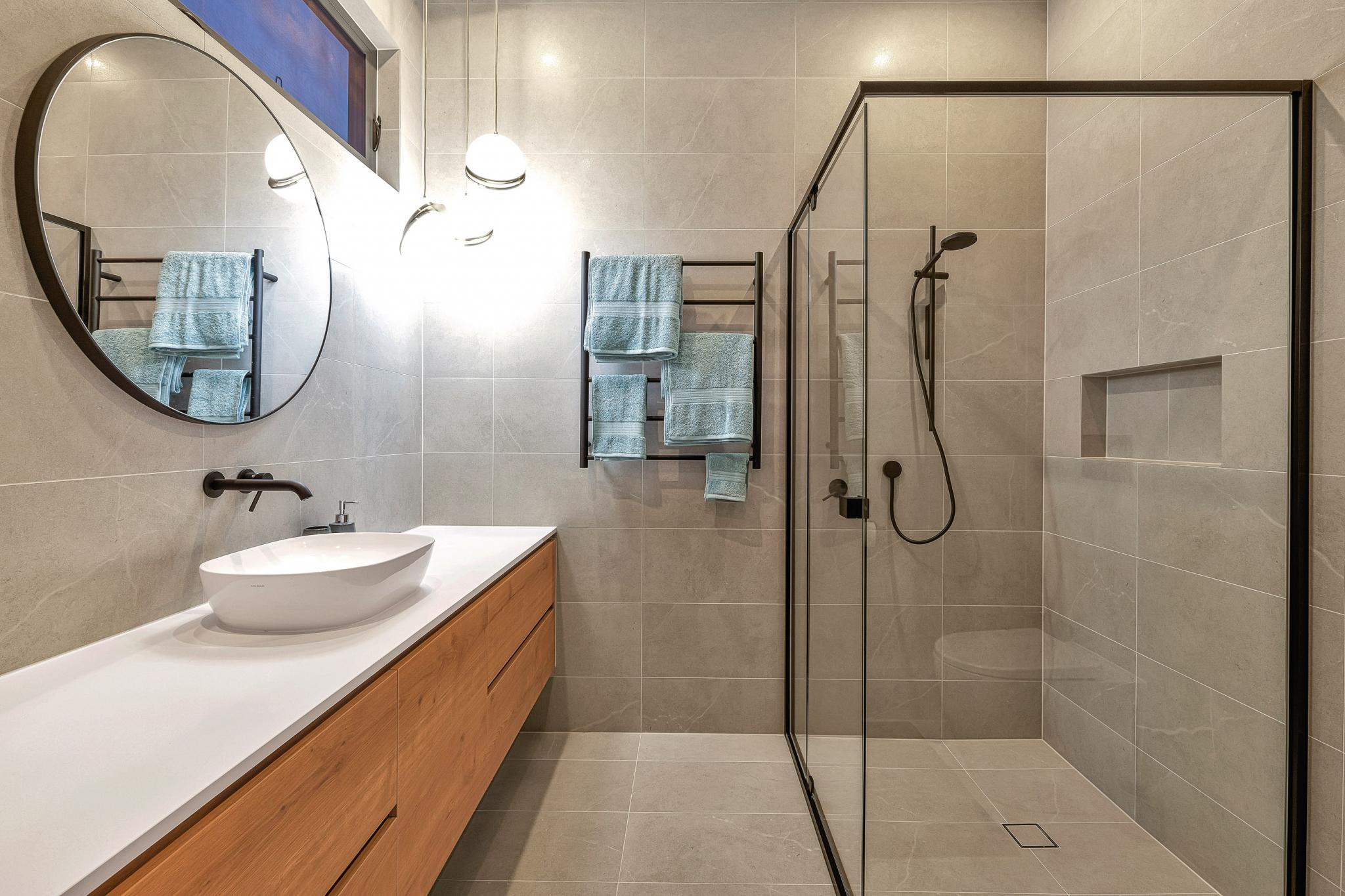 South Australian New House Build-guest-en-suite-jpg