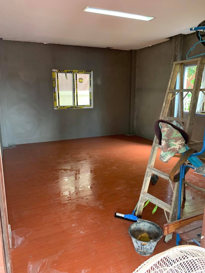 Adding a room downstairs-plaster-walls-jpg
