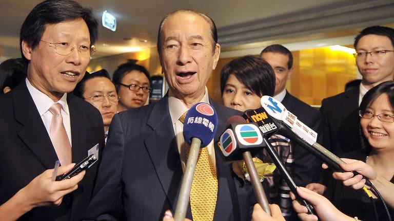 The RIP Famous Person Thread-stanley-ho-speaks-press-jpg