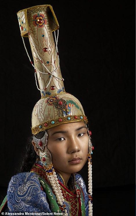 Mandaloopy does China-28698196-8347459-image-m-20_1590141060776-jpg
