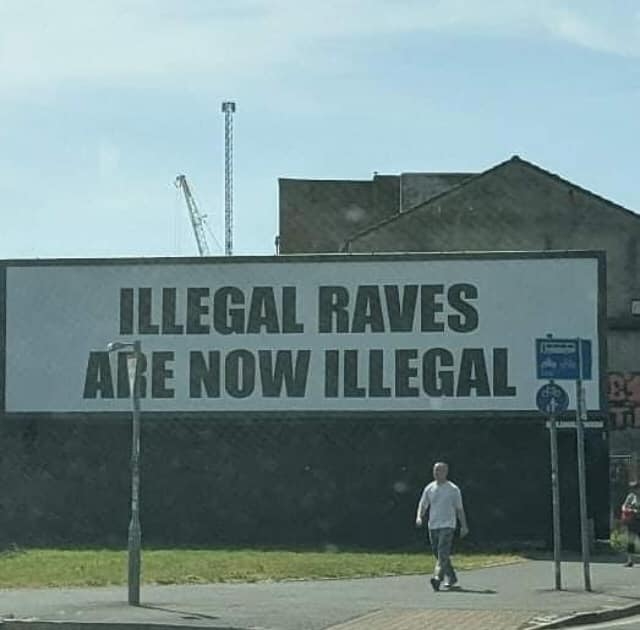 Amusing Pictures ripped from the Net-illegalraves-jpeg