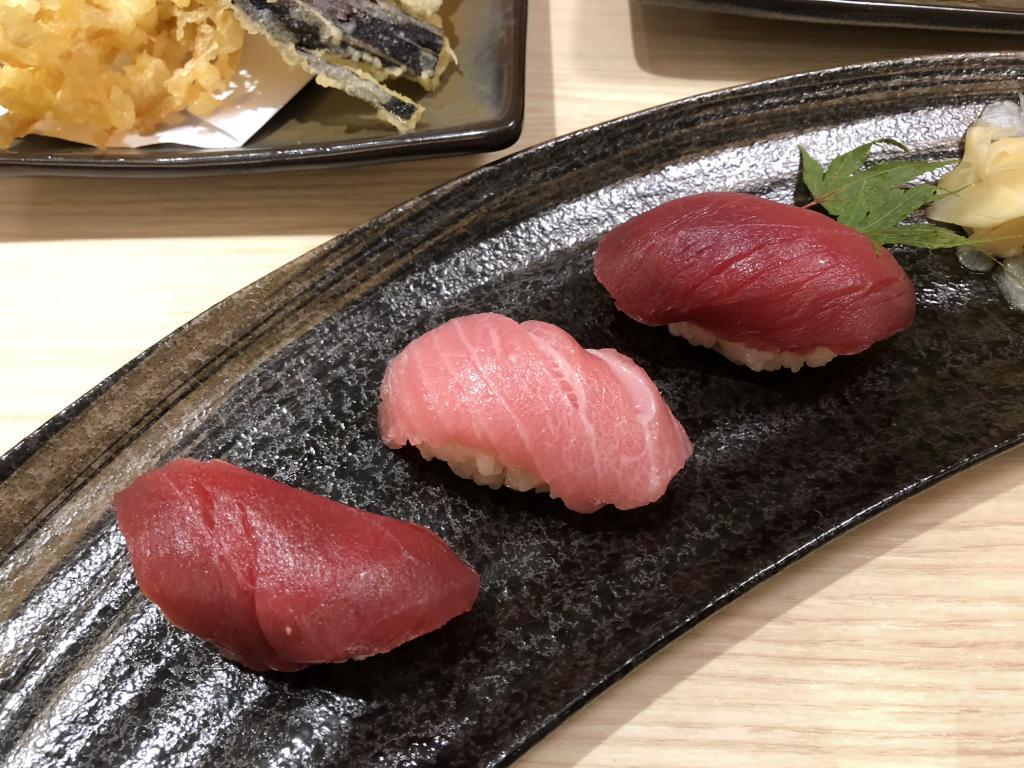 Tsukiji Takewaka-s__6668367-jpg