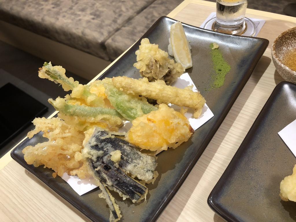 Tsukiji Takewaka-s__6668365-jpg