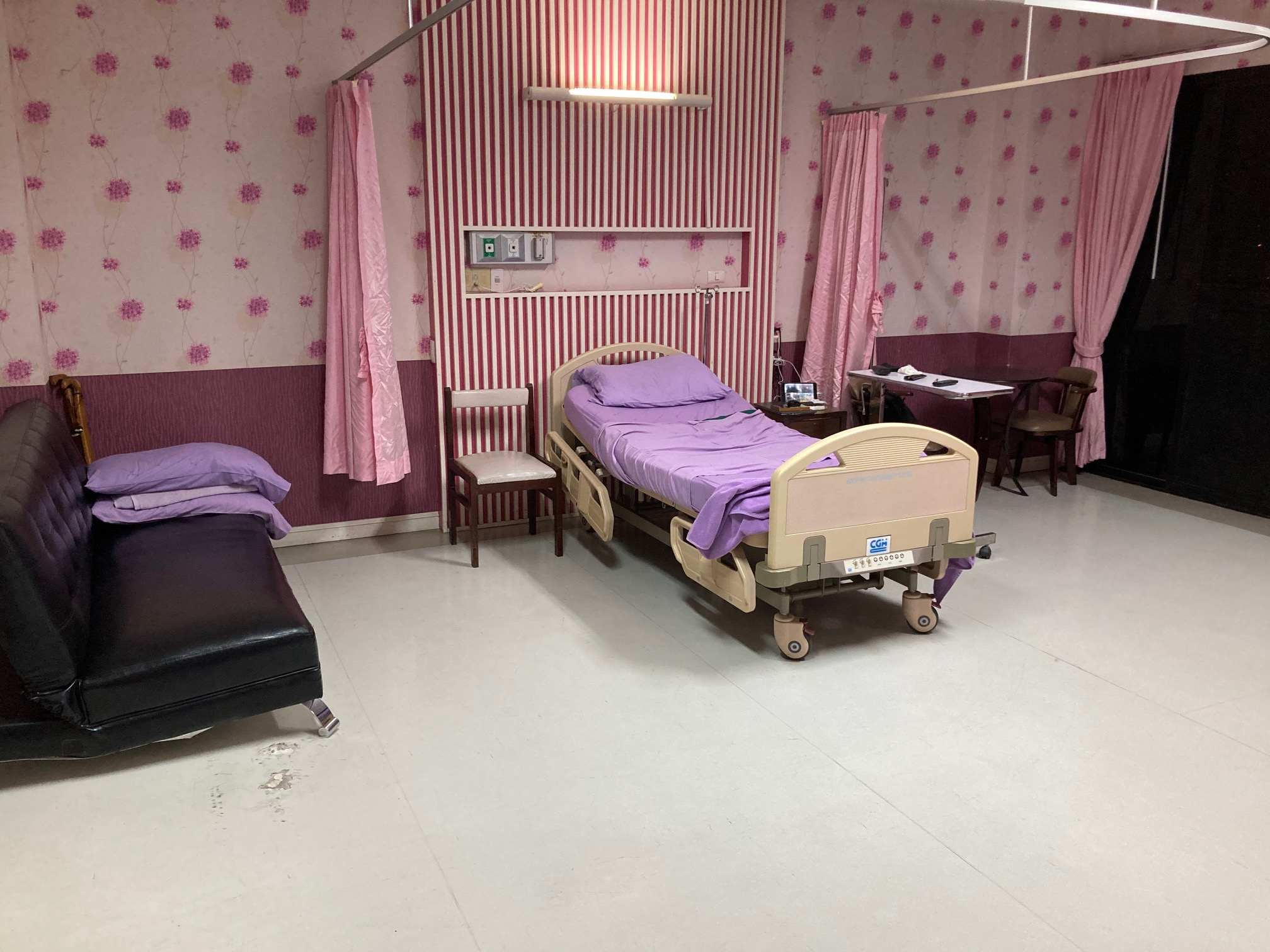 Hip replacement in Thai state hospital-img_0932-jpg