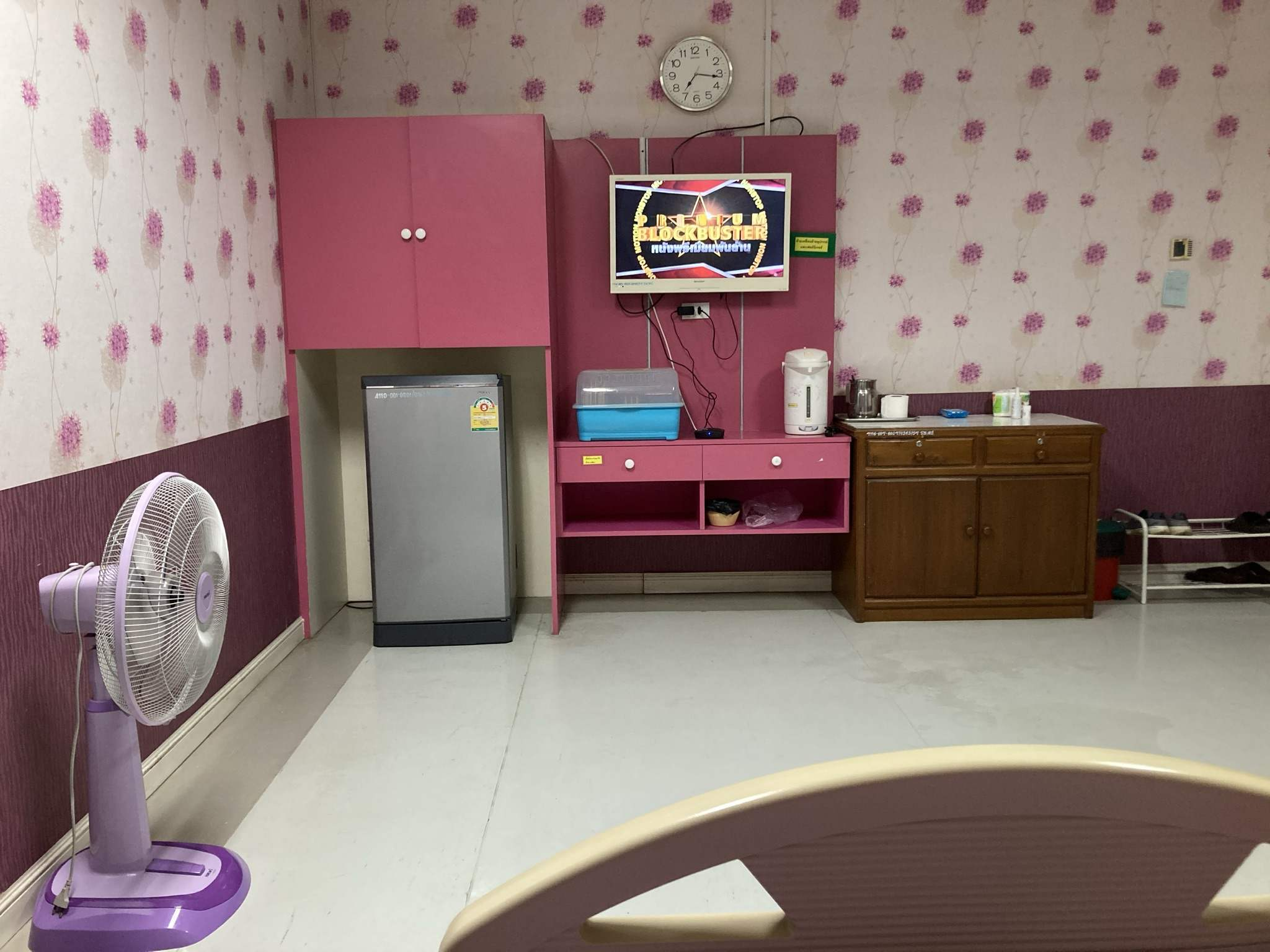 Hip replacement in Thai state hospital-img_0935-jpg