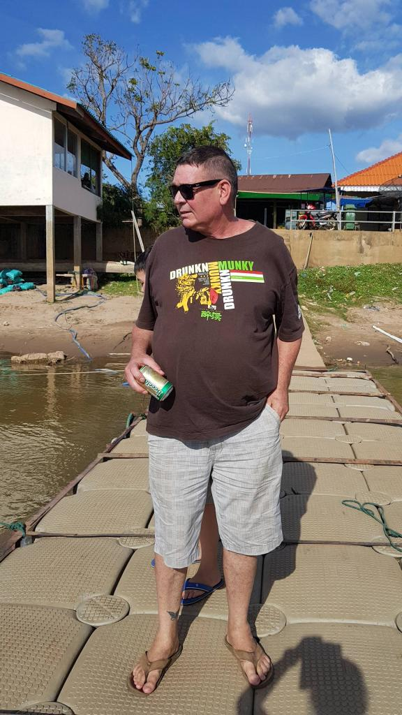 2 Weeks Roadie. Laos, Cambodia, Thailand. (I'm knackered!)-xln0s8s-jpg