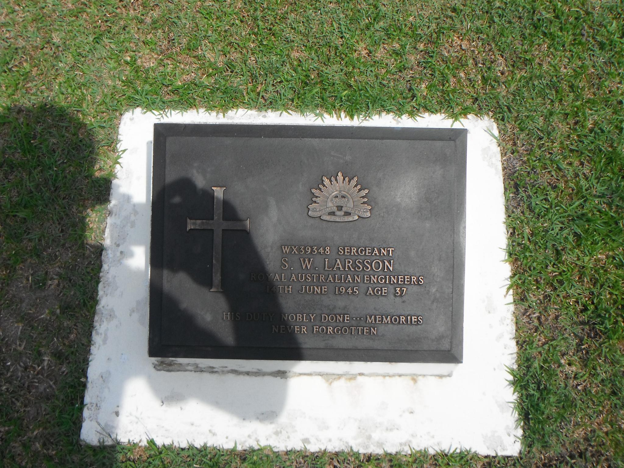 A Visit of Labuan War Cemetery-_scf1742-jpg