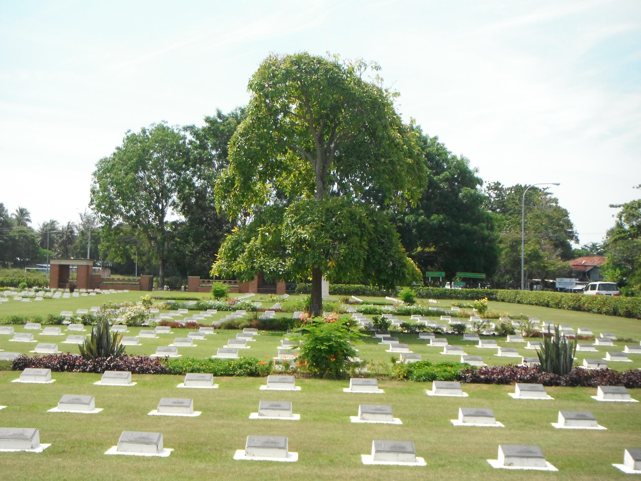 A Visit of Labuan War Cemetery-_scf1748-jpg