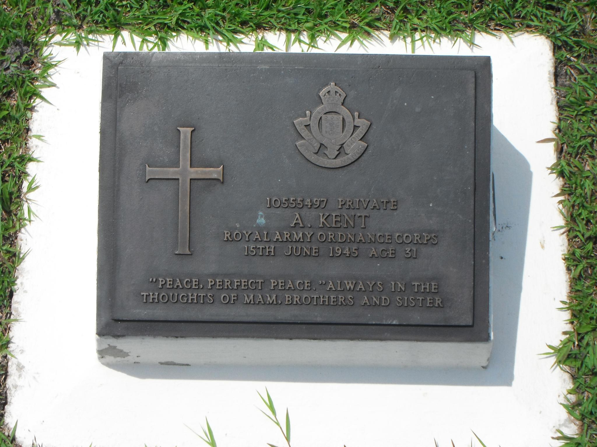 A Visit of Labuan War Cemetery-_scf1757-jpg
