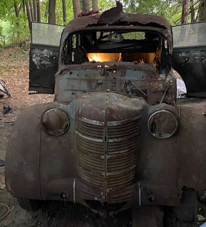 Abandoned cars picture thread-20201124_104530-jpg