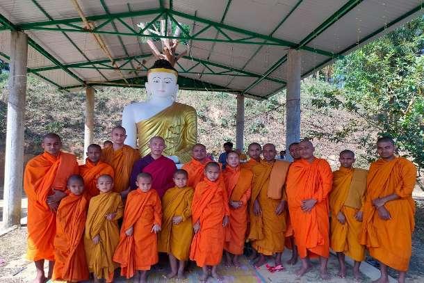 An Isaan Pond-check-buddhist-monk-calls-bangladesh-pm