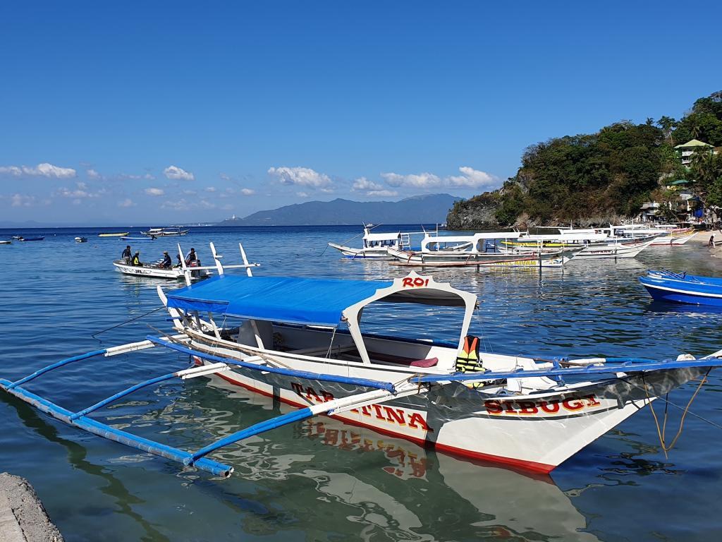 Photothread: Manila & Puerto Galera...-45-jpg