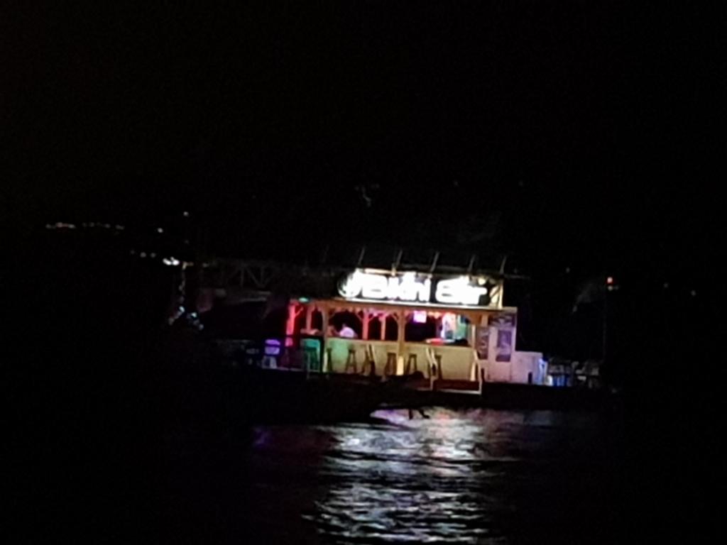 Photothread: Manila & Puerto Galera...-77-jpg