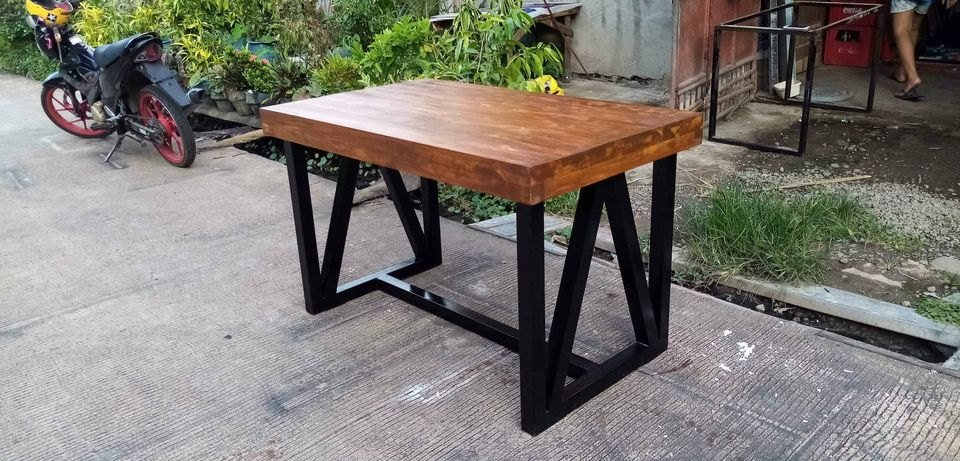 Topper in Bacolod-dining-table-jpg