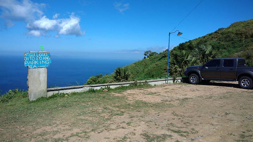 Hiking in the Phils-p_20180216_101803_parking-jpg