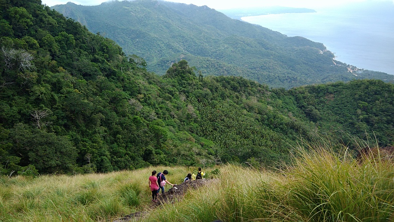 Hiking in the Phils-35_descent-jpg