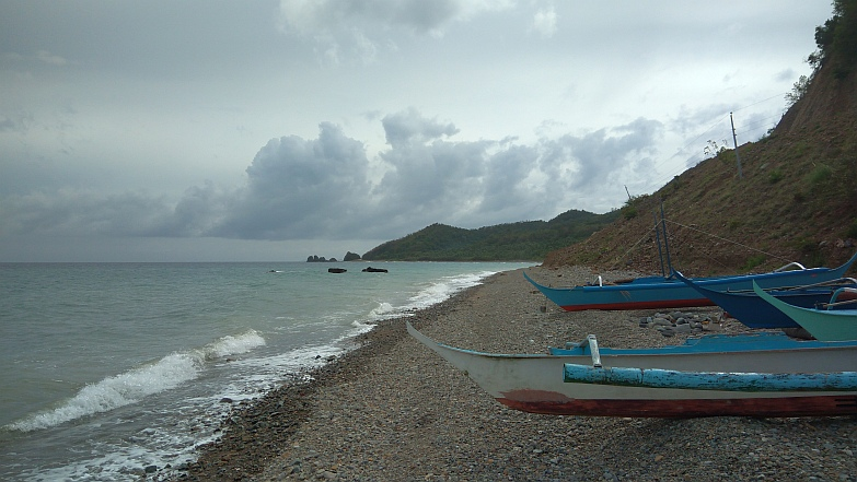 Hiking in the Phils-53_boats-jpg