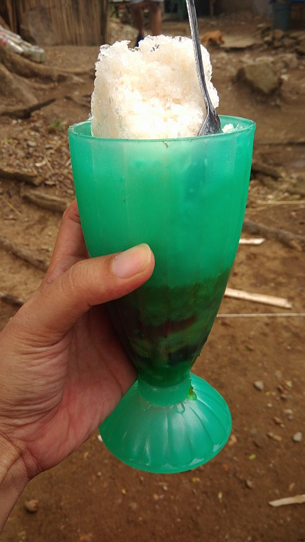 Hiking in the Phils-55_halo-halo-jpg