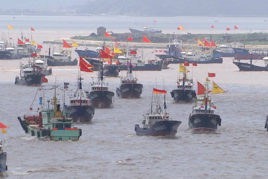 China's super trawlers are stripping the ocean bare as its hunger for seafood grows-10318944-3x2-940x627-jpg