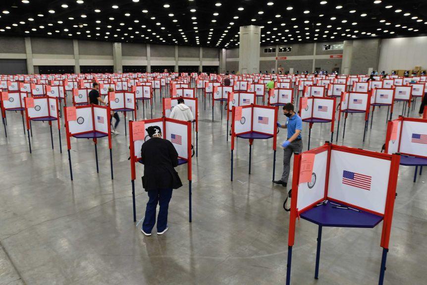 2020 US Presidential Race-12472424-3x2-xlarge-jpg