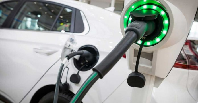 Eurasia Topics-electric-vehicle1-696x364-jpg