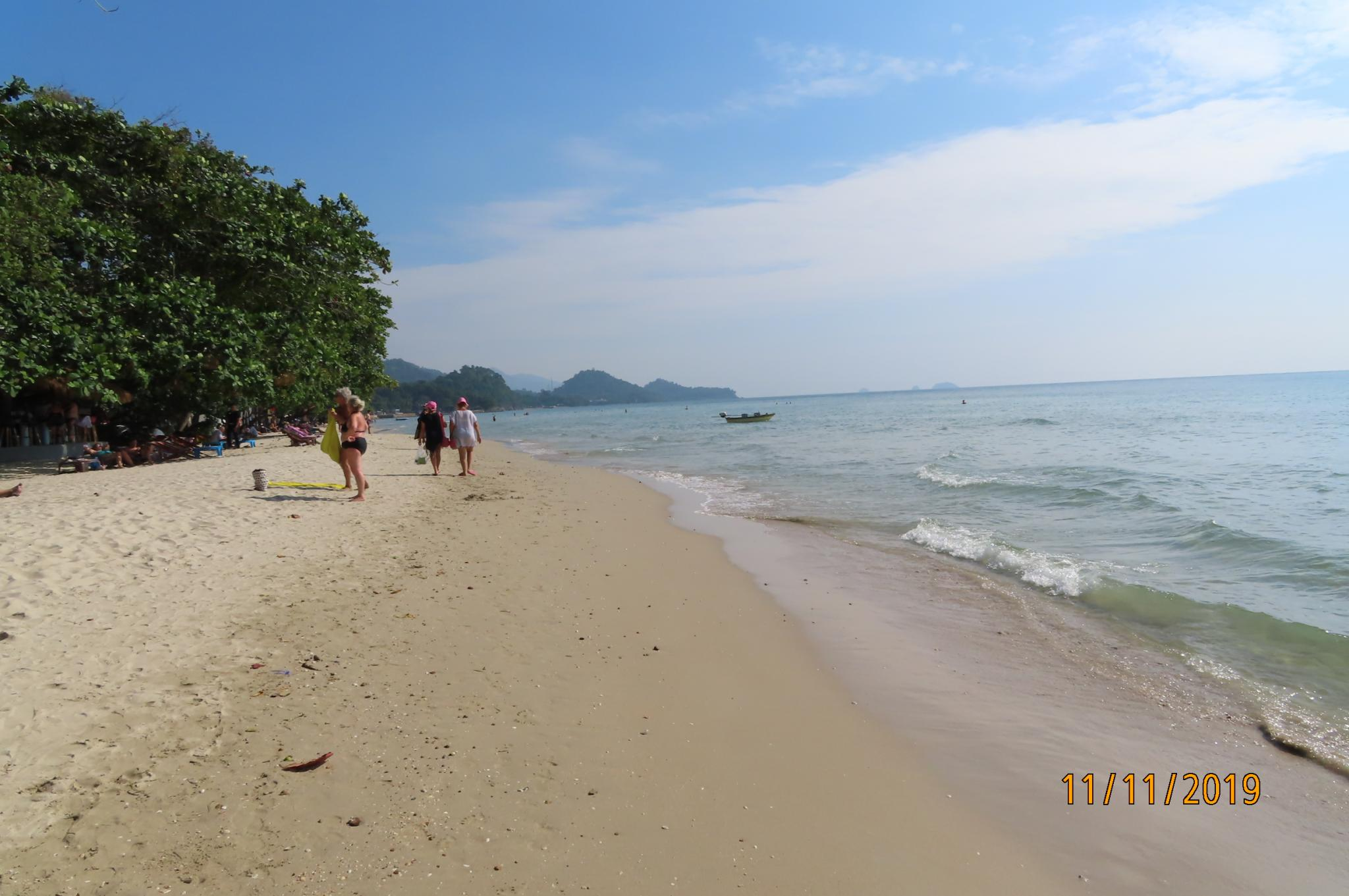 Koh Chang has a bumper tourist (long) weekend-img_0267-jpg