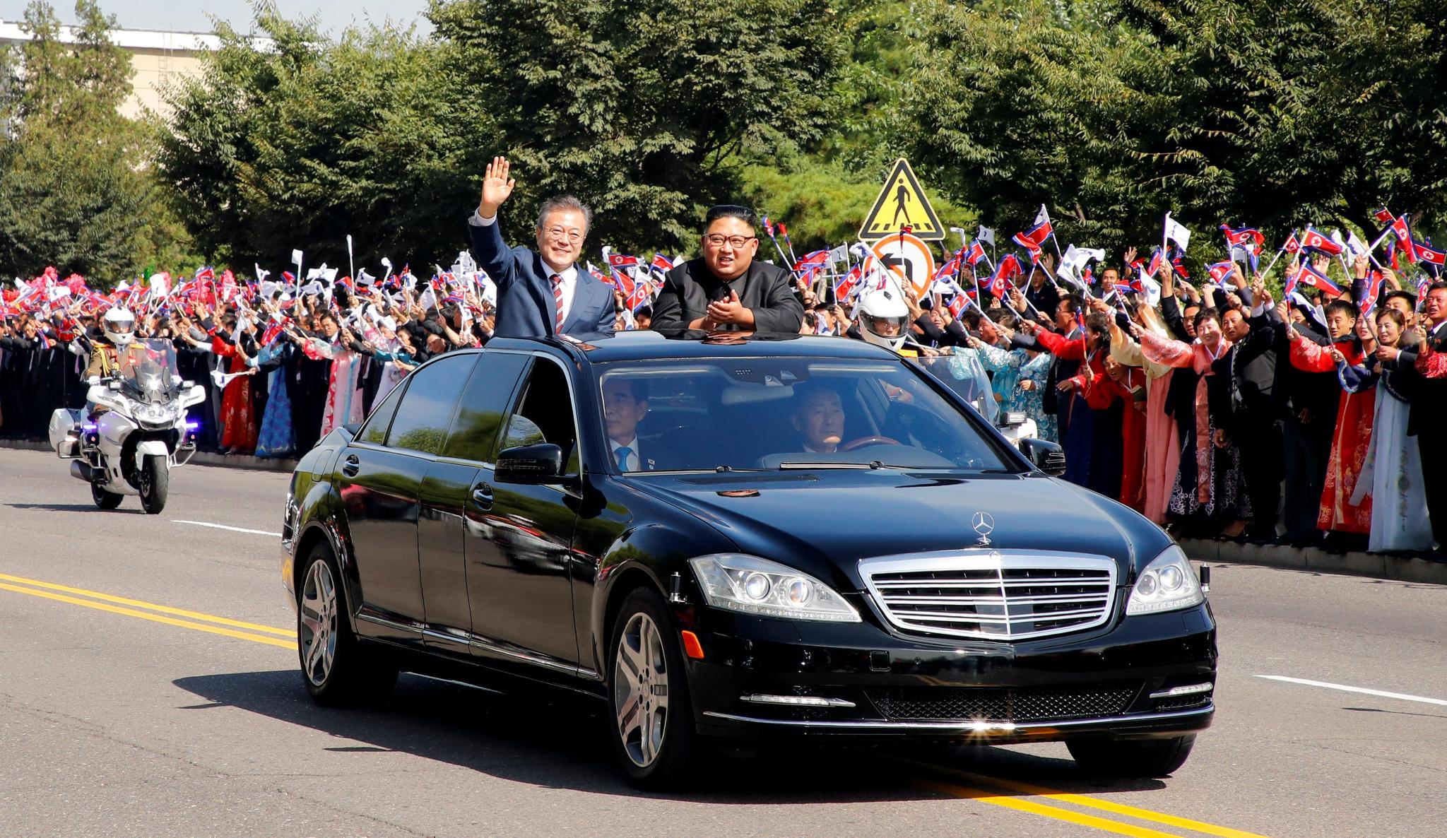 Kim Jong-un apologises and cries-kim-jpg