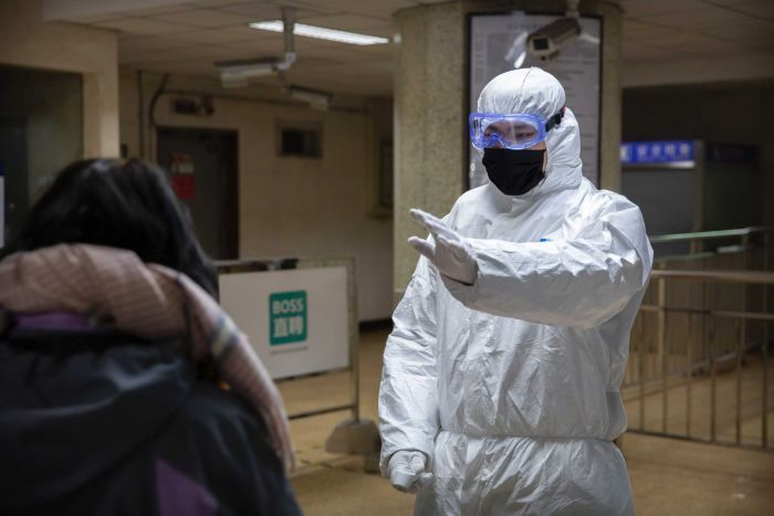 Quarantine reduced to 10 days-thai-healthcare-worker-tested-positive-covid
