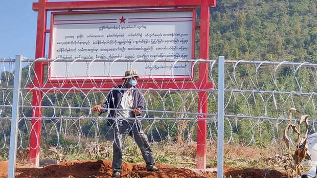 China Border Fence, Aimed at Curbing COVID-19 Spread, Draws Complaints in Myanmar-aa83de9b-94a6-4262-b30e-a4cff449ff39-jpeg