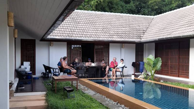 Brits fined B6,000 in Phuket for illegal family gathering of six-1620708581_1-org-jpg