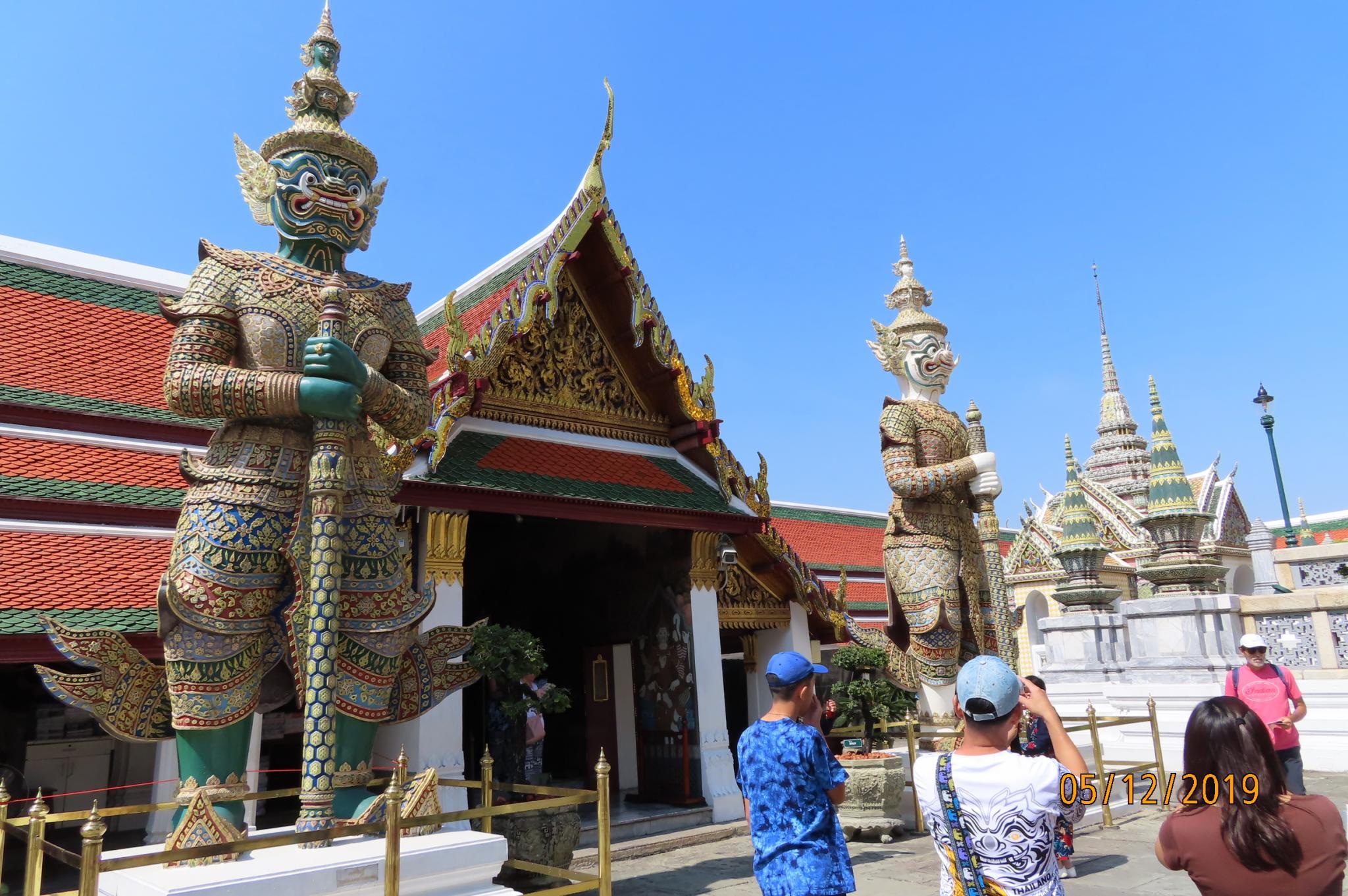 Dec 5 - Grand Palace-img_1290-jpg