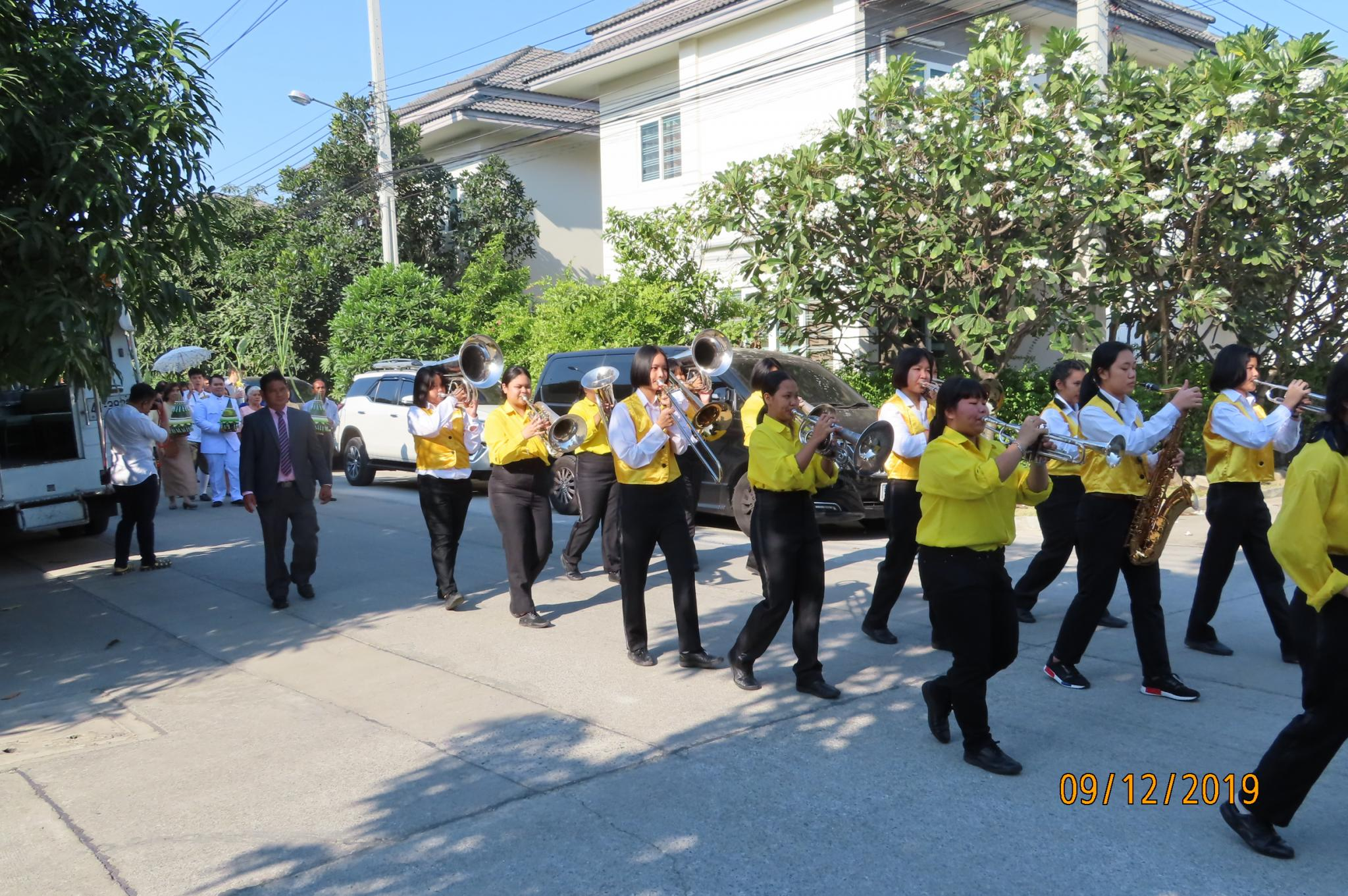 Wedding Procession - abbreviated-img_1768-jpg