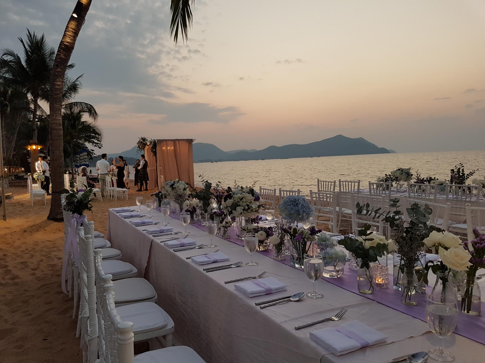 Bang Saray beach wedding & villa.-20191228_180915-jpg